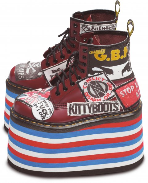Boty Dr. Martens model 1460 (Kitty Boots)